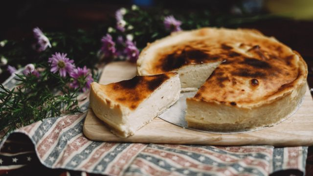 フロマージュの意味とは何?チーズケーキとの違いを調査!英語・フランス語どっち?