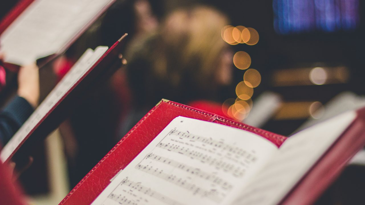 モデラートの音楽記号の意味とは?発祥はイタリア語?アレグロとの違いは何?