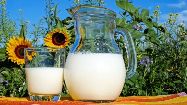 ローソンのロゴの意味・由来は?牛乳マークの理由や色違いを調査!