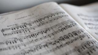 ラルゴの意味とは?英語・イタリア語・フランス語どれが発祥の音楽用語?