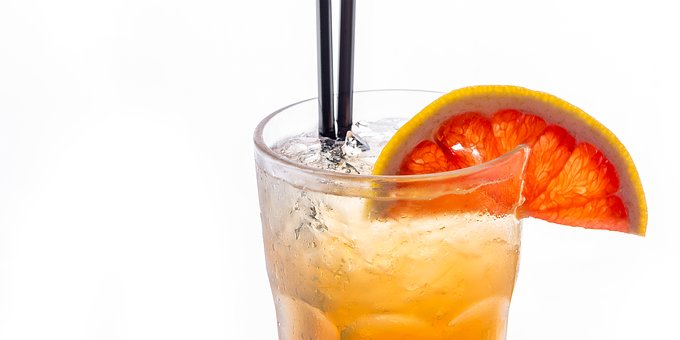 オレンジブロッサムの作り方(レシピ)とは?度数や味・カクテル言葉の意味も!