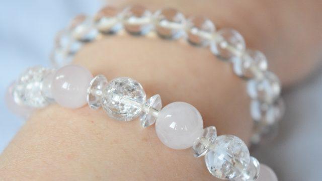 水晶(クォーツ)の意味や石言葉とは?パワーストーンの効果や種類を解説!