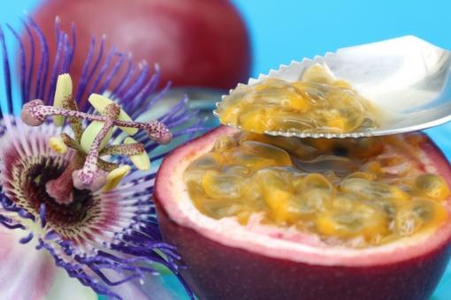 パッションフルーツの食べ方とは?食べごろはいつ?種類/味/栄養も!
