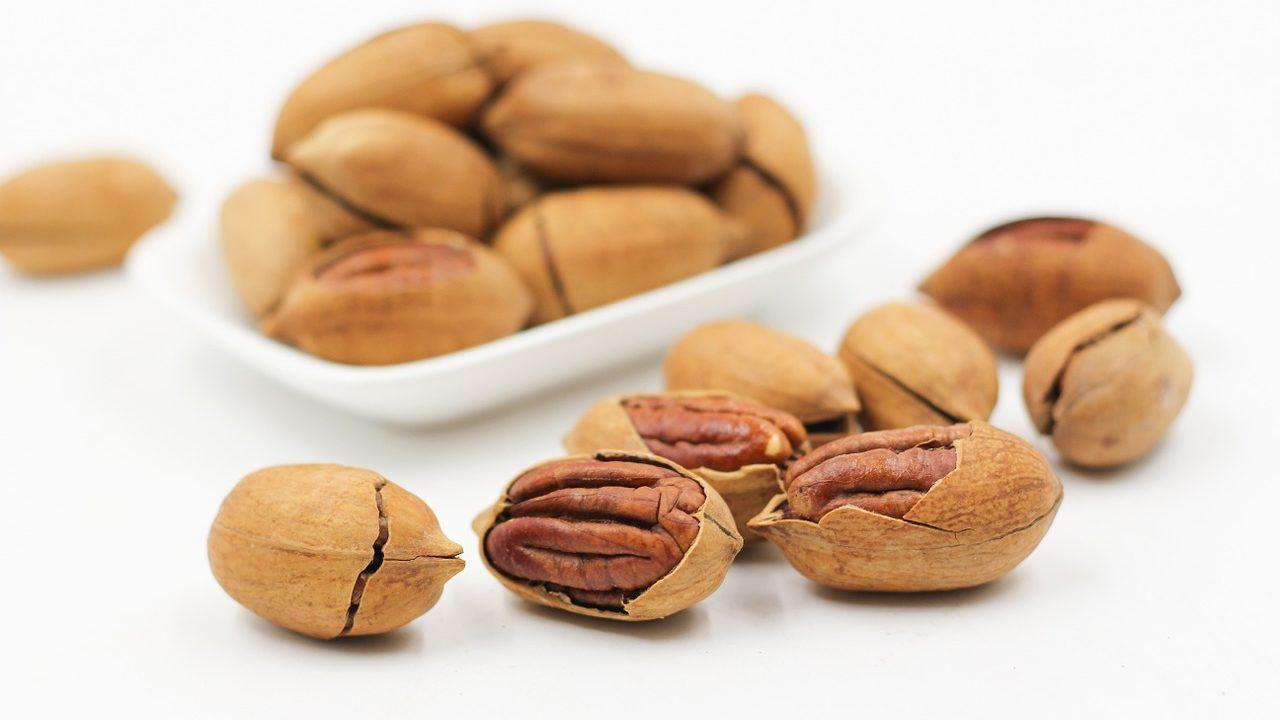 ピーカンナッツとは?栄養や糖質・カロリーは?効能や英語表記も!