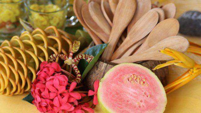 グアバの味や食べ方とは?栄養や効能やカロリーは?英語表記も!