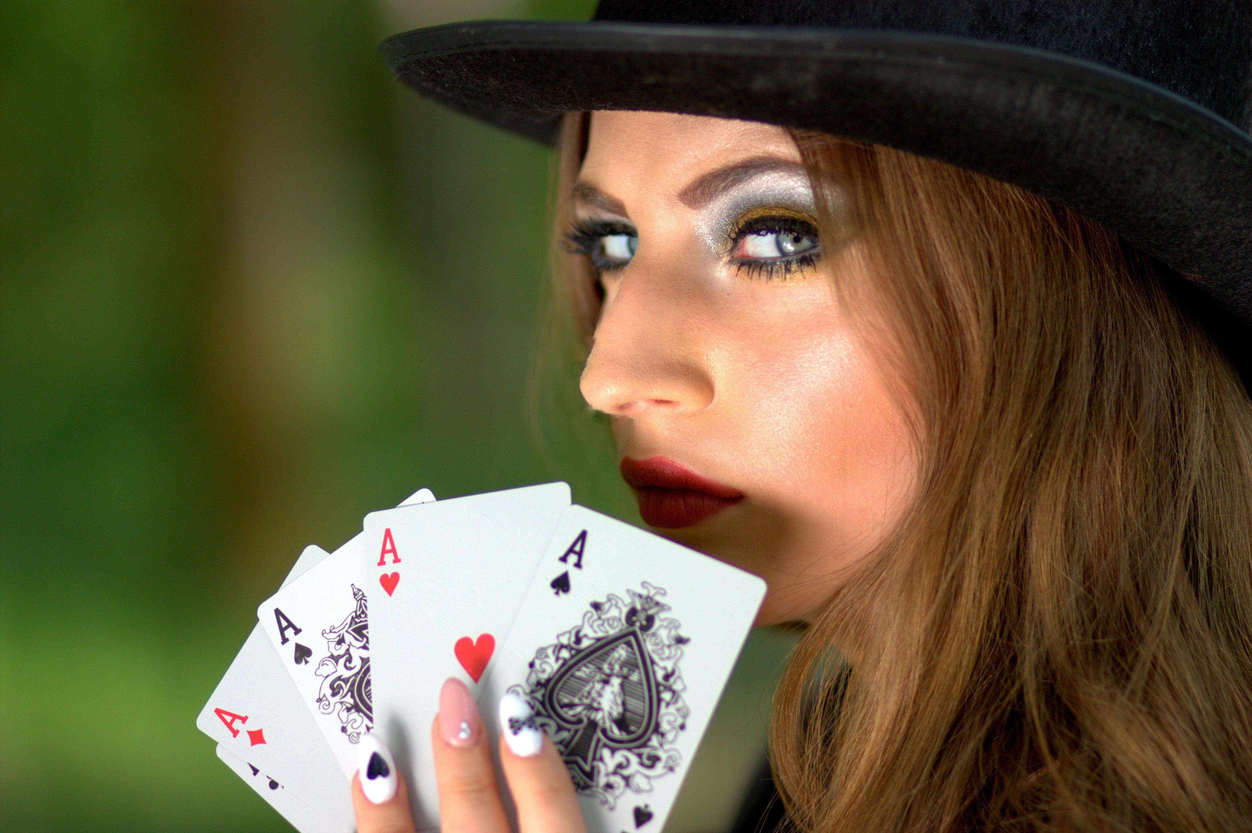 ブラフ ポーカー ポーカーで勝つために大切なこととは?5つのコツと練習方法を紹介します!