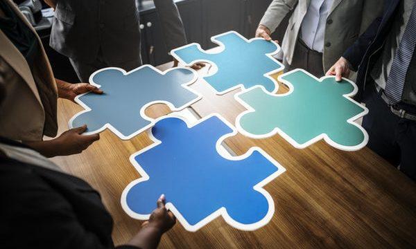 ソリューションの意味とは?使い方をビジネス/営業用に紹介!英語も!