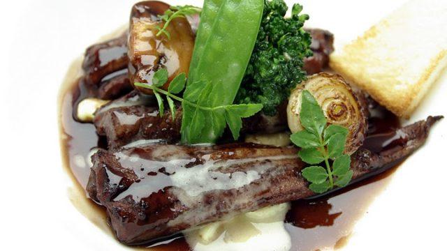 マトロートとは?うなぎや穴子が材料のフランス料理?レシピも調査!