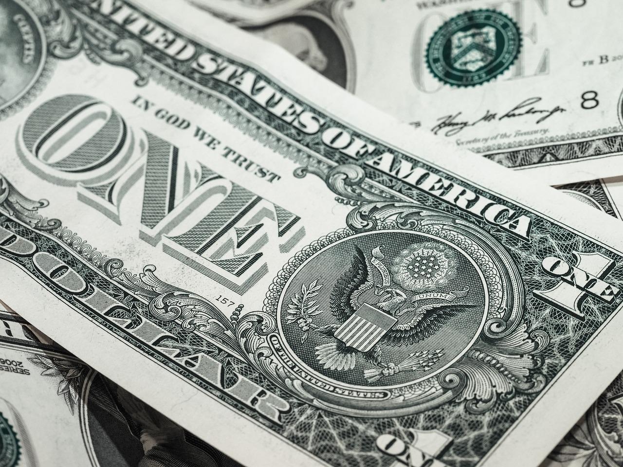 敷金と礼金の違いとは何?相場や退去時の返金は?保証金との意味の違いも!