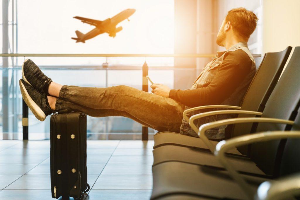 ハミングバードの意味とは?飛行機/タトゥーと関係が?英語が語源?