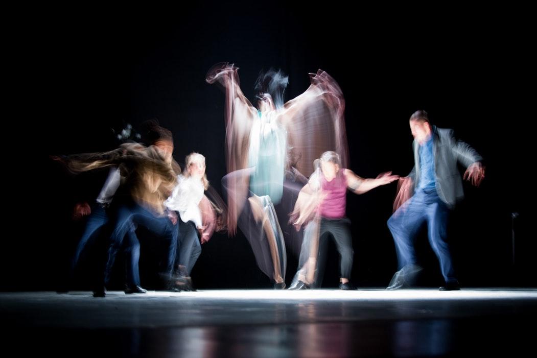 ロックダンスの意味とは?トゥエルは基本?主な動きを一覧紹介!