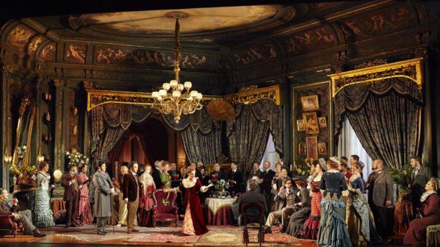 オペラの意味とは?ミュージカルとの違い/共通点は?チケット相場も!
